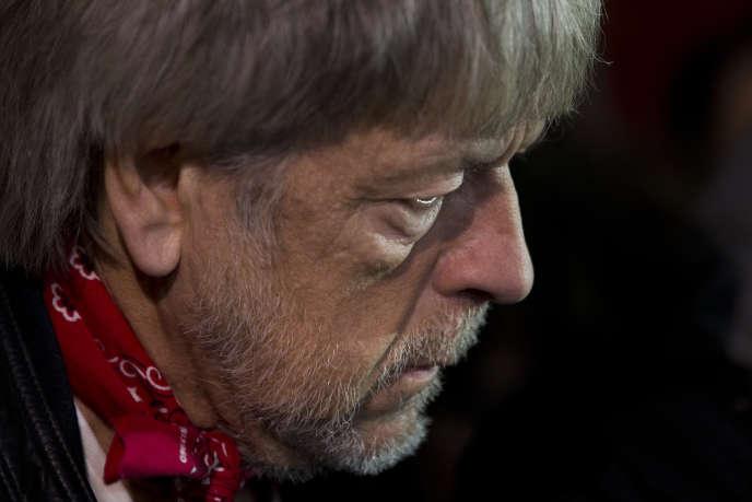 Renaud lors d'un hommage aux victimes des attaques terroristes de janvier 2015, à Paris, le 7 janvier 2016.