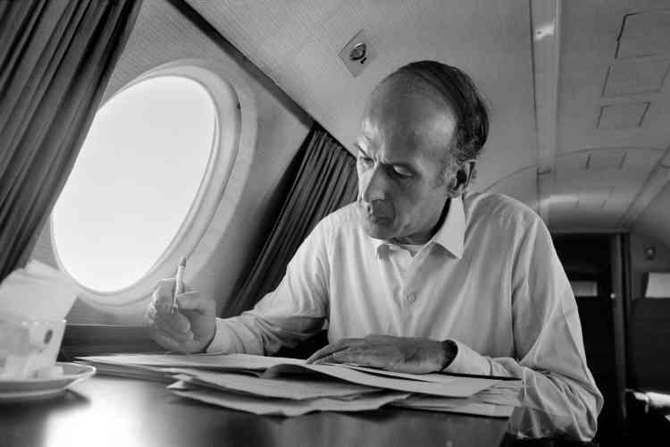 Dans son jet, en 1974.