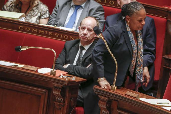 Jean-Jacques Urvoas et Christiane Taubira,  à l'Assemblée nationale, le 24 juin 2015.