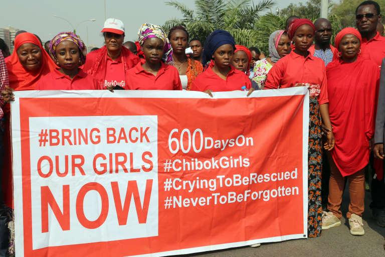 La ville de Chibok, où des attentats ont fait au moins 13 morts le 27 janvier, a déjà été la cible d'attaques djihadistes, notamment en avril 2014 lorsque le groupe terroriste Boko Haram avait attaqué une école de jeunes filles et enlevé 276 d'entre elles.