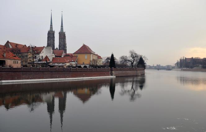 Vue de la cathédrale à Wroclaw, en Pologne, le 15 janvier 2016.