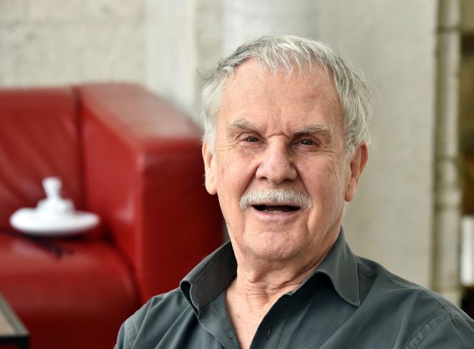 Le dessinateur de bandes dessinées Hermann à Angoulême, le 27 janvier 2016.
