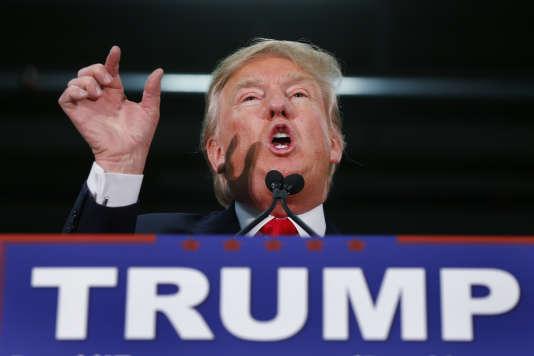Expert des médias et des coups d'éclat, Donald Trump sait que son absence ne l'empêchera pas d'être au cœur des débats.