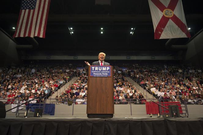 Lors d'un meeting du candidat républicain Donald Trum à Pensacola (Floride), le 13 janvier.