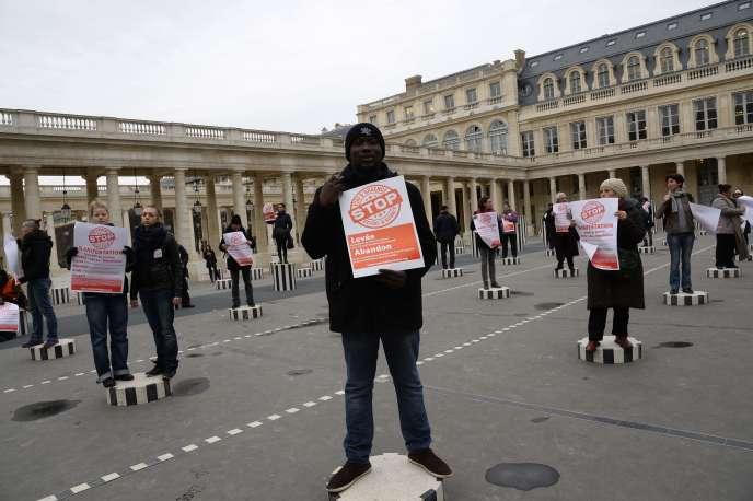 Manifestation du collectif Stop état d'urgence, le 27 janvier, à Paris.