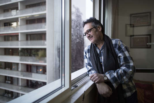 Philippe Fernandez, chez lui le 26 janvier 2016 à Paris.