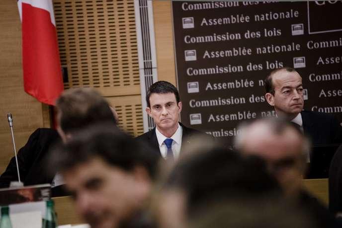 Manuel Valls, devant la commission des lois de l'Assemblee nationale mercredi 27 janvier.