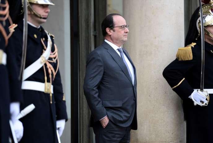 Le Président de la République François Hollande à l'Elysée le 28 janvier 2016.
