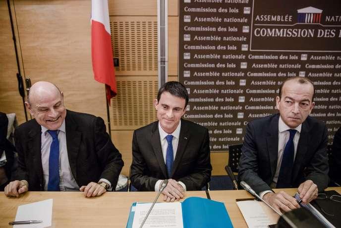 Le premier ministre, Manuel Valls, devant la commission des lois de l'Assemblée nationale, le 27 janvier 2016, à Paris.