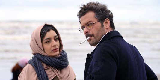 "Sareh Bayat et Pejman Bazeghi dans le film iranien d'Ida Panahandeh, ""Nahid"", sorti en salles mercredi 24 février 2016."