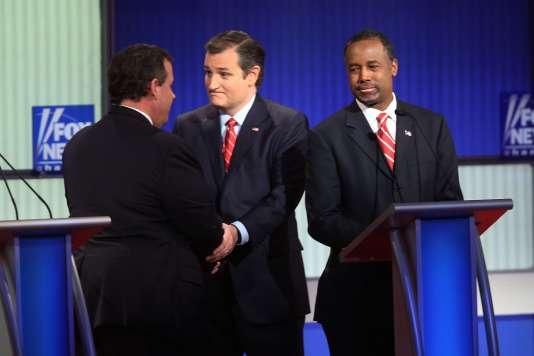 Le sénateur du Texas, Ted Cruz (au centre), lors du dernier débat républicain avant le caucus de l'Iowa, le 28 janvier.