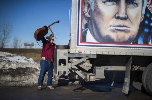 Lors d'un rassemblement de chauffeurs routiers en soutien du candidat Donald Trump à Des Moines dans l'Iowa le 28 janvier 2016.
