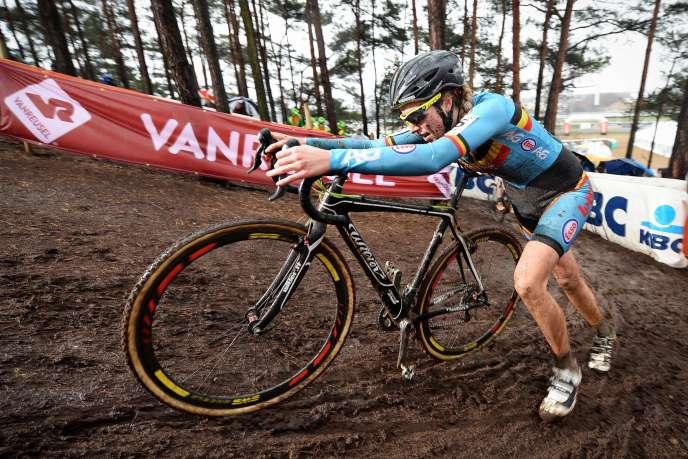 La Belge Femke Van den Driessche, la jeune cycliste par qui le scandale est arrivé.