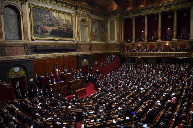 François Hollande, devant le Parlement réuni en congrès à Versailles, le 16 novembre 2015, trois jours après les attentats de Paris.