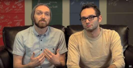 Les Fine Brothers font l'objet d'une fronde des internautes, pour avoir franchisé leur concept.