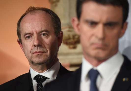 Le ministère de la justice, Jean-Jacques Urvoas, et le premier ministre, Manuel Valls, le 1er février.