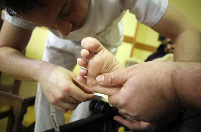La conférence des présidents d'université propose que les formations paramédicales, comme celle de masseur-kinésithérapeute, soient intégrées à l'université.