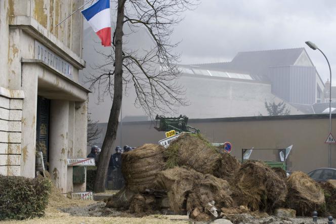 Manifestation de la FNSEA à Moulins (Allier), le 1er février.