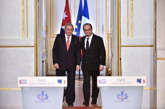 Francois Hollande et Raul Castro à l'Elysée.