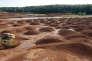Vue générale prise le 08 octobre 2010 du site de Mange-Garri à Gardanne où des résidus de bauxite produisant des boues rouges sont stockés sous forme solide.