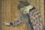 """""""Jeune fille, la main sur la poignée de la porte"""" (1891, huile sur carton), d'Edouard Vuillard. Donation Marcie-Rivière."""
