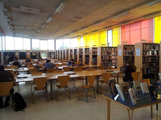La bibliothèque de l'université Michel-de-Montaigne à Bordeaux.