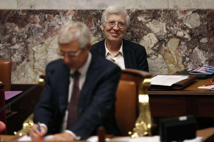 La secrétaire générale, Corinne Luquiens, et le président, Claude Bartolone, à l'Assemblée nationale, le mardi 2 février.
