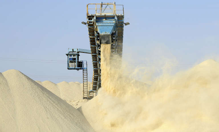 L'Office chérifien des phosphates mise gros sur une nouvelle usine d'engrais à Jorf Lasfar.