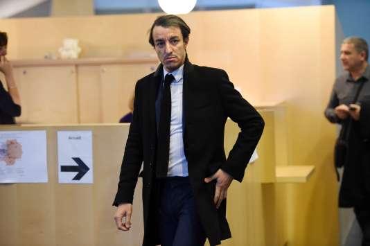 L'avocat Karim Achoui, à la cour de Melun (Seine-et-Marne), le 2 février 2016.