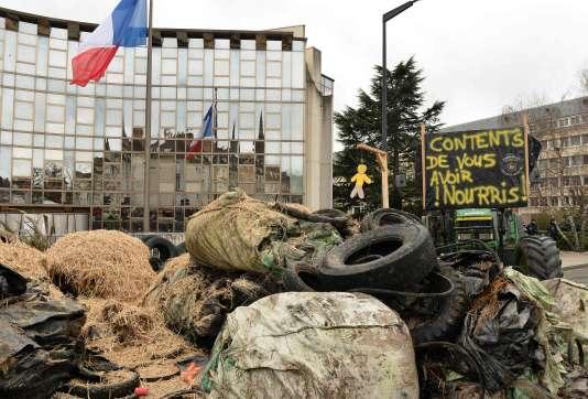 Manifestation d'éleveurs à Chartres (Eure-et-Loir), le 2 février.