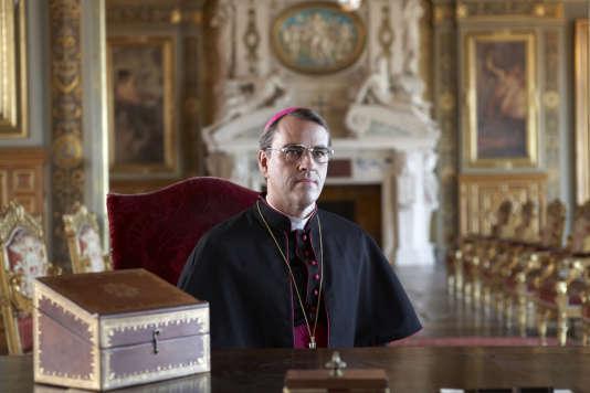 Laurent Lucas interprète Mgr Lustiger dans « Le Métis de Dieu», le téléfilm d'ilan Duran Cohen, réalisé en 2013.