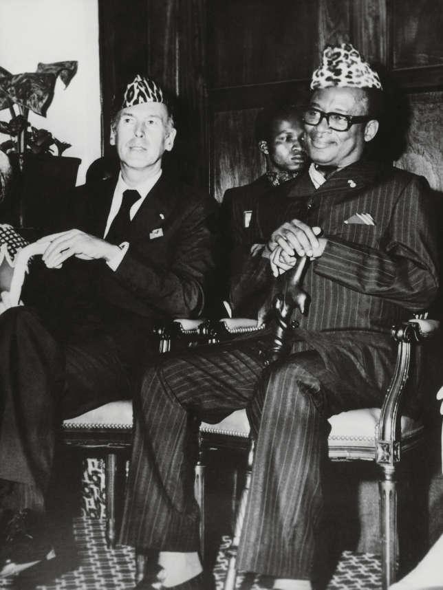 Pendant son règne, Mobutu (ici en 1977, avec Valéry Giscard d'Estaing) a puisé sans compter dans les richesses de son pays. Les gouvernements occidentaux ont largement profité de ses largesses.