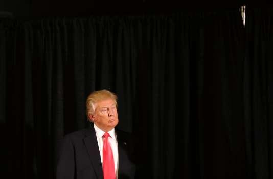 Le candidat républicain Donald Trump à Milford (New Hampshire), le 2 février.