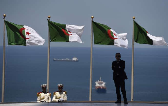 Lors d'une visite de François Hollande à Alger en juin 2015.
