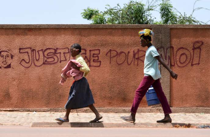 Sur un mur de Ouagadougou, le 1er octobre 2015.