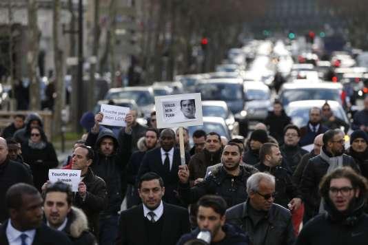 Manifestation des chauffeurs de VTC à Paris, le 3 février.