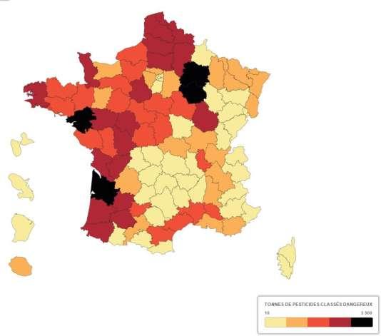 """Carte montrant la quantité de pesticides dangereux déversés dans chaque département, réalisée par les équipes de """"Cash Investigation"""" et FranceTV info."""