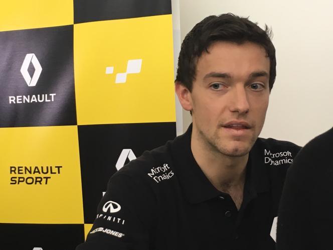 Jolyon Palmer (photo), fils de Jonathan Palmer,  est le deuxième pilote titulaire de Renault F1 pour la saison 2016-2017, au côté de Kevin Magnussen.