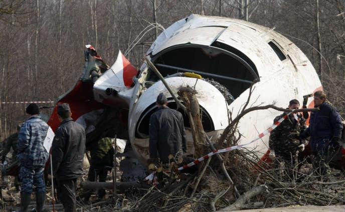 L'épave de l'avion présidentiel, en 2010.