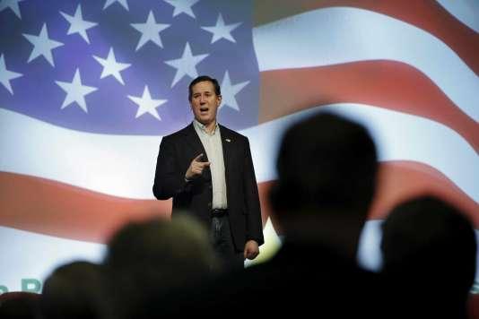 Rick Santorum lors d'un meeting à Altoona dans l'Iowa le 19 janvier 2016.
