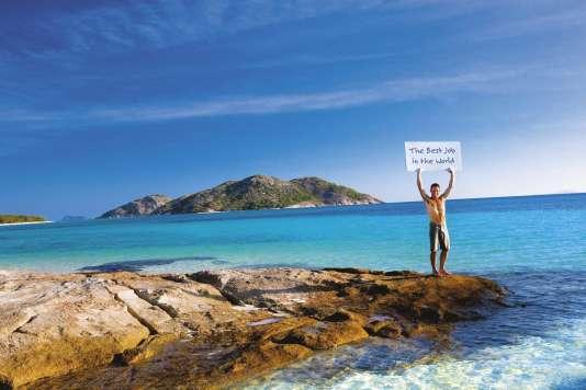 """En2014, 25000 «PVTistes» français se sont rendus en Australie, terre de prédilection des participants à ce programme, soit deux fois plus qu'il y a cinq ou six ans. Mais les destinations les plus populaires – Canada, Australie et Nouvelle-Zélande – sont saturées (Photographie de l'office de tourisme du Queensland en Australie pour promouvoir le concours : """"Le meilleur job du monde"""")."""