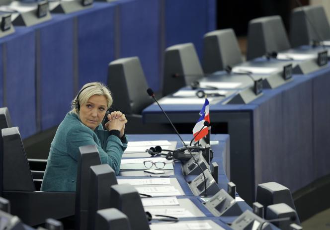 La présidente du FN, Marine Le Pen, le 3 février au Parlement européen.