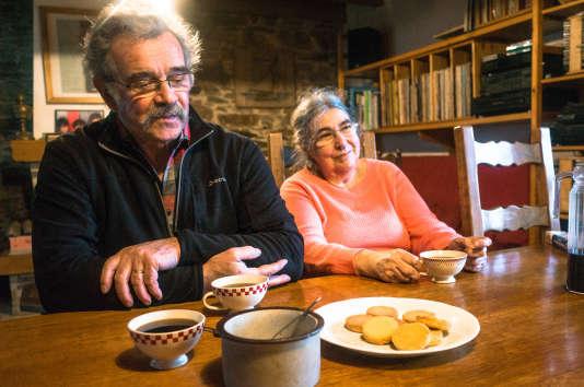 Fanch et Anne-Marie Dantec dans leur maison de Saint-Urbain, le 1erfévrier.