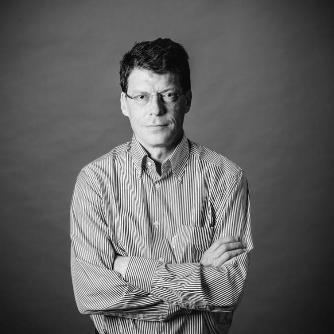 Laurent Alexandre, chirurgien urologue et président de DNAVision. signe toutes les six semaines la tribune Carte blanche dans le supplément Science & Médecine du « Monde».