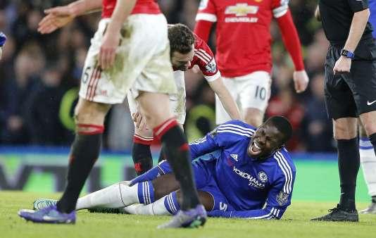 Le défenseur international français Kurt Zouma, le 7 février 2016, lors de la rencontre Chelsea-Manchester United.