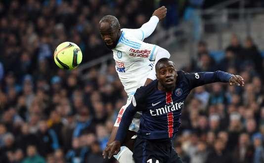 Lassana Diarra domine Blaise Matuidi dans les airs.