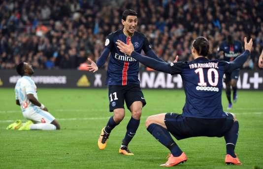 Zlatan Ibrahimovic et Angel Di Maria après le deuxième but parisien, sur une passe de l'un pour l'autre.