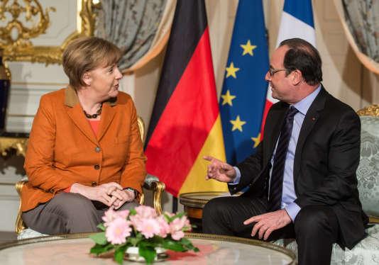Le Président de la République Francois Hollande et la Chancelière Allemande Angela Merkel, à Strasbourg le 7 février 2016.