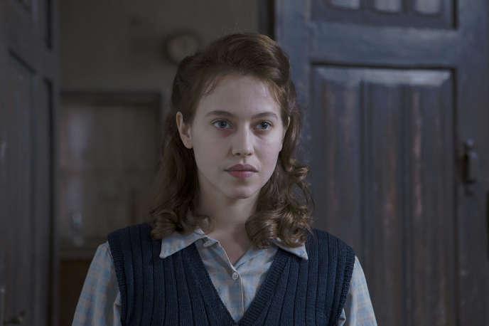 Lou de Laâge dans le film français et polonais d'Anne Fontaine,