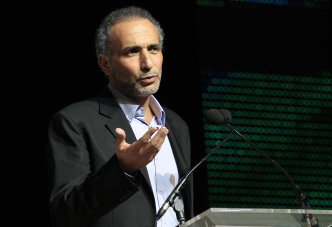 Tariq Ramadan pendant un meeting au Bourget le 7 avril 2012.